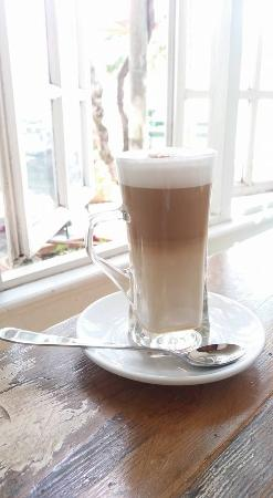 the orchard farm stall_elgin_grabouw_elgin valley_coffee_cafe latte