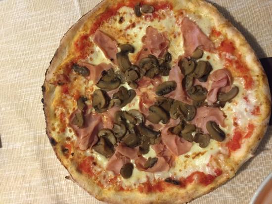 Sezana, Eslovenia: Pizza
