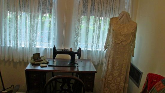Fort Lauderdale Historical Society: Elegant gown