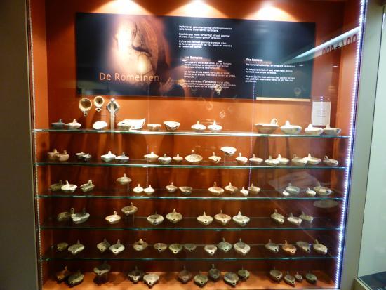 Lumina Domestica - The Lamp Museum : Lampen uit de Romeinse Tijd