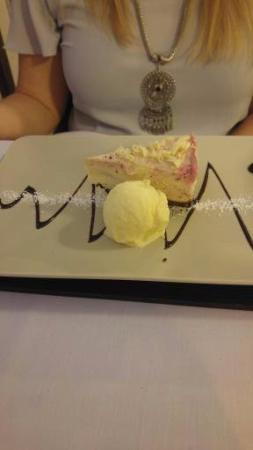 The Jacobean Hotel: Cheesecake