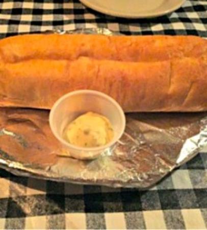 Ridgeland, MS: Delicious garlic breadsticks