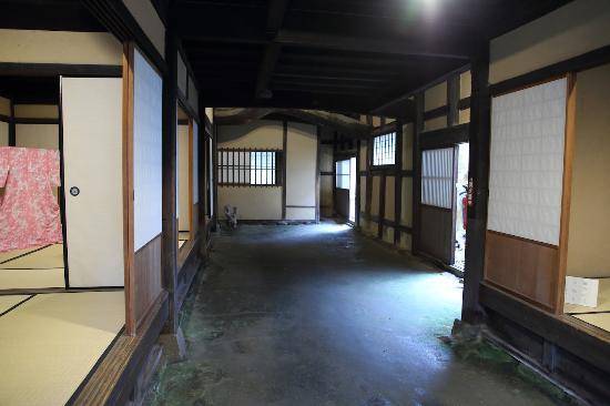 Kenshiseki Former Raikoresuga Residence