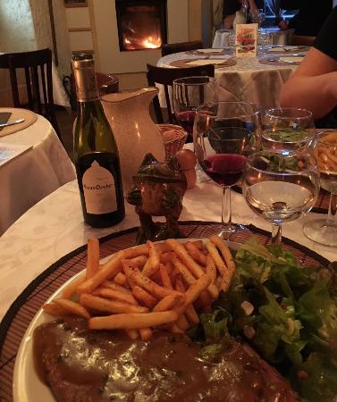 La Chaise-Dieu, Frankrike: entrecote frite sauce poivre