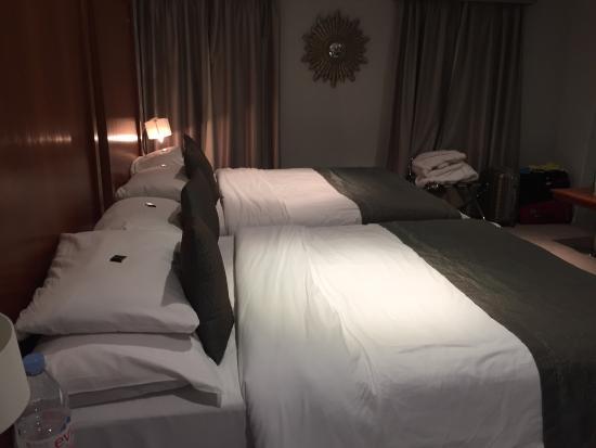 โรงแรมโครัสไฮด์ปาร์ค ลอนดอน: photo1.jpg