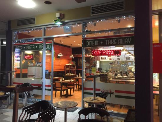 กาเลาดรา, ออสเตรเลีย: Restaurant look