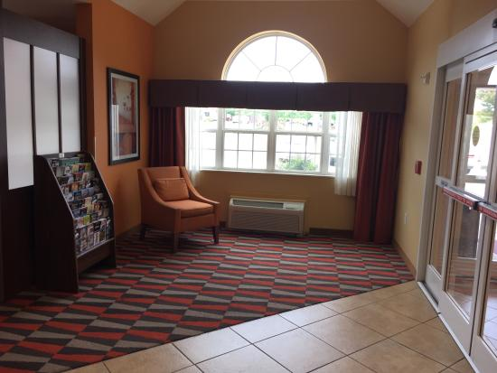 Microtel Inn & Suites by Wyndham Anderson/Clemson: photo4.jpg