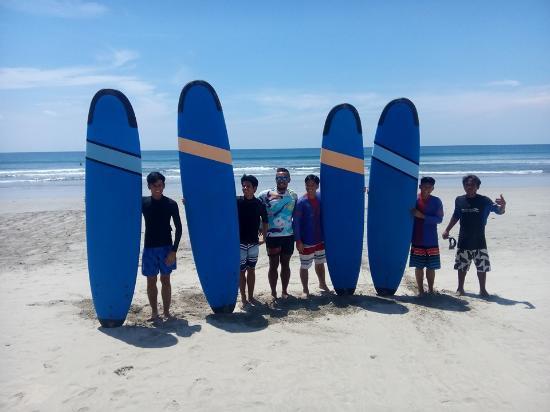 P.E.R.I.S Surfing sQuadz