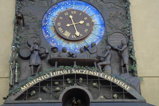 Zatec, Republika Czeska: Pivní orloj