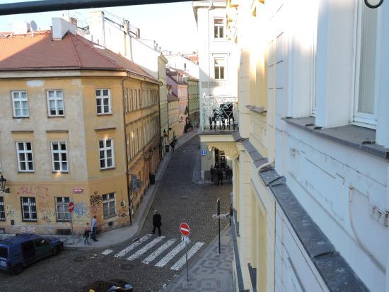 Maximilian Hotel: View from our room's balcony towards Lokal restaurant.