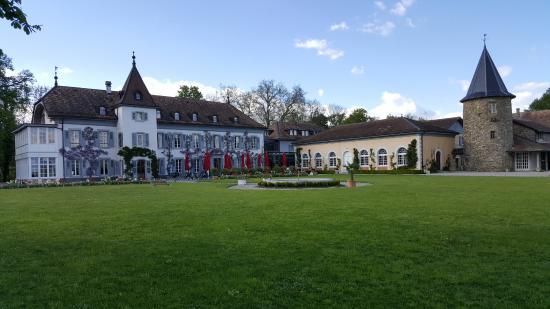 Bogis-Bossey, Switzerland: Chateau de Bossey