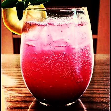 Blue Hill, ME: Blueberry spritzer