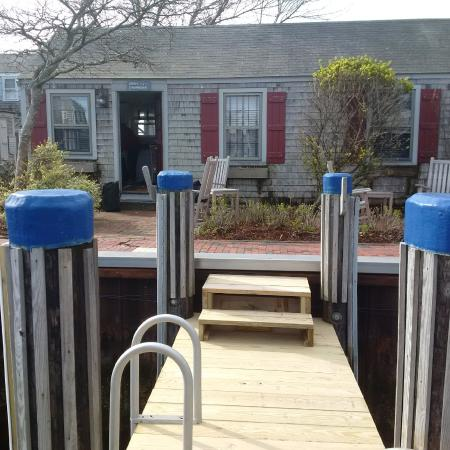 The Cottages at Nantucket Boat Basin: Sooty