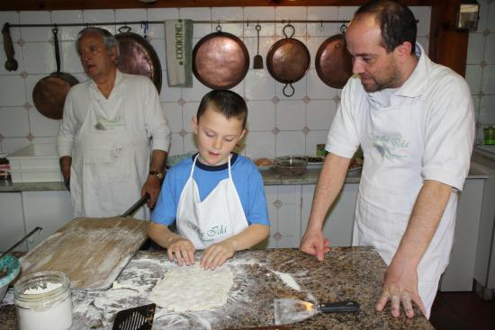 Villa Ida Cooking Lessons: Prepping the dough