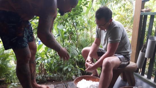 Haapiti, Fransk Polynesien: comment rapper une coco