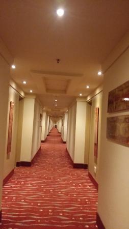 Zdjęcie Peermont Metcourt Hotel at Emperors Palace