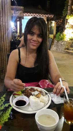 Villa de Oro Restaurant: 20160425_214013_large.jpg