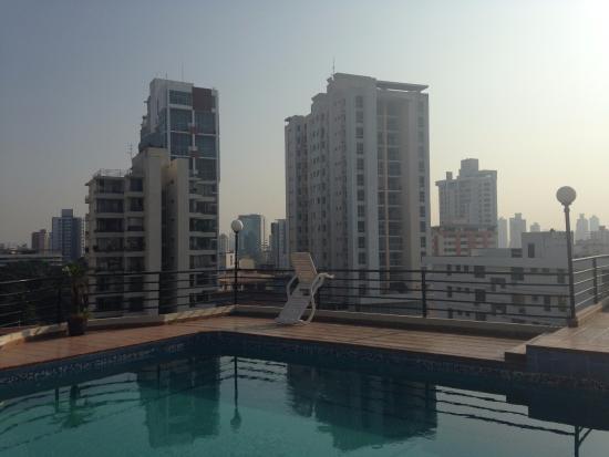 Hotel el Parador: Vista desde terraza ultimo piso/ zona de Alberca
