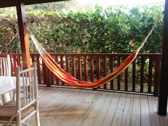 Hangmat Op Balkon : Lekker op het balkon luieren in de hangmat picture of morena