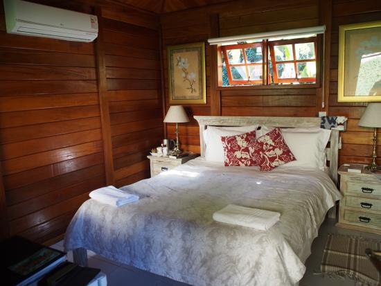Aratinga Inn: Chalet Frangipani