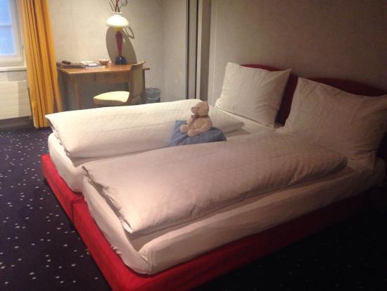 Sugiez, Schweiz: Romantik Hotel de l'Ours