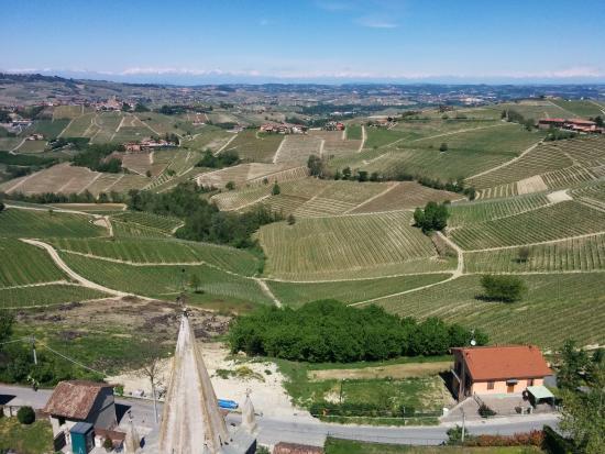 Серралунга-д'Альба, Италия: Panorama dall'ultimo piano