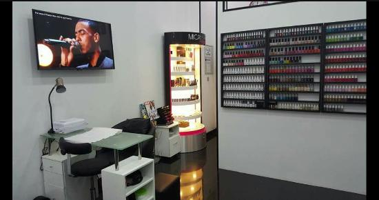 ‪Nail Candy Beauty Spa‬