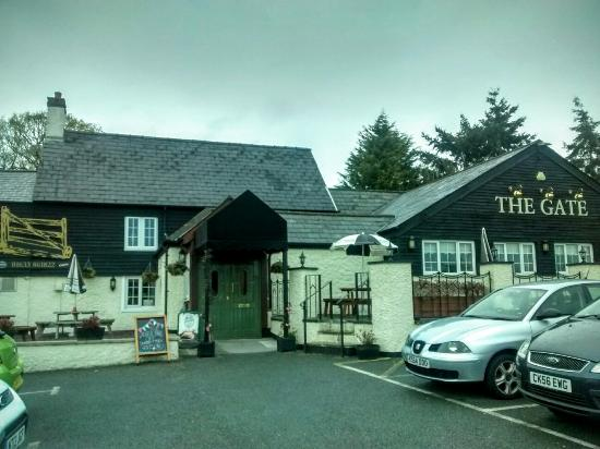 The Gate Inn: IMG_20160501_134816934_HDR_large.jpg