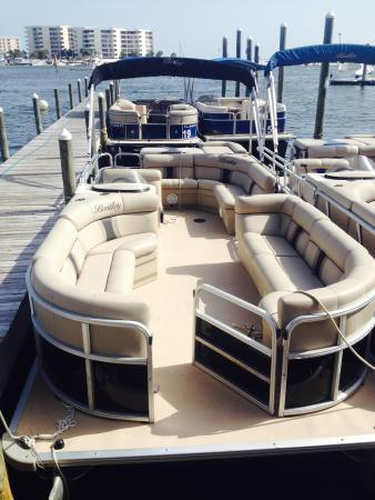 Pontoon Boats For Rent Picture Of Destin Vacation Boat