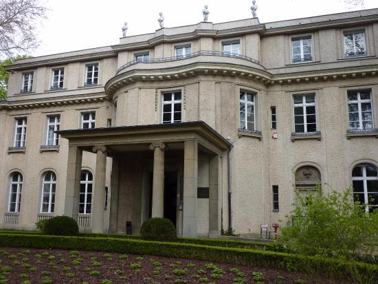Haus der Wannsee Konferenz binnen Picture of Haus der