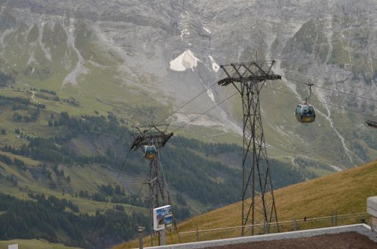 Grindelwald, Swiss: cable car ride