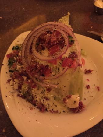 Maricopa, AZ: Wedge Salad on Cold Plate--GREAT!