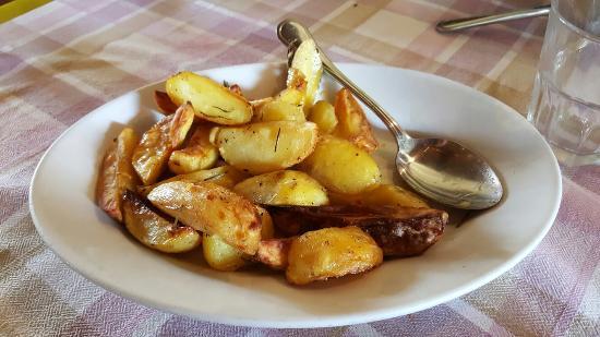 Subbiano, Italia: Contorno di patate al forno