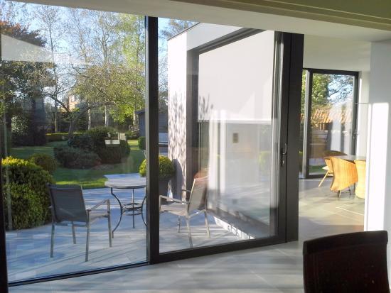 Яббеке, Бельгия: Breakfast with garden view