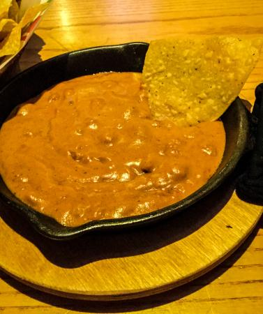 Chili's: Skillet Queso Dip and Chips