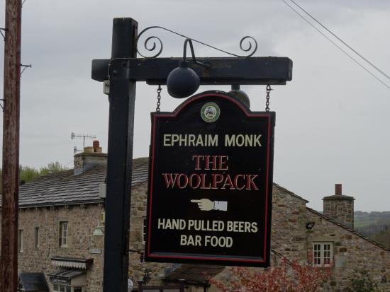 Yorkshire, UK: Sign for the pub