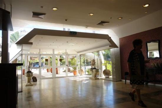 King Solomon Tiberias: הכניסה למלון