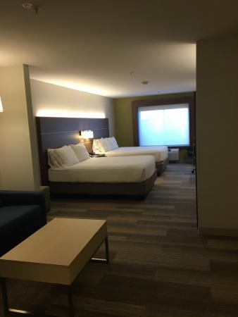 Holiday Inn Express Las Vegas South: photo0.jpg