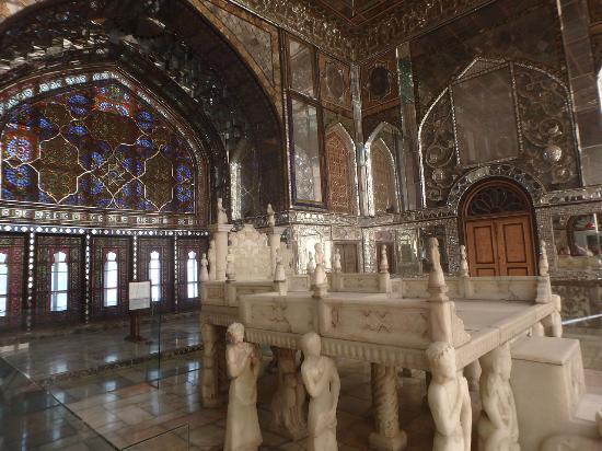 salle du tr ne de marbre photo de palais du golestan tehran tripadvisor. Black Bedroom Furniture Sets. Home Design Ideas