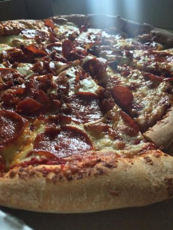 Flying Tomato Pizza