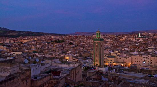 Le Patio de Fes : View from the roof by night