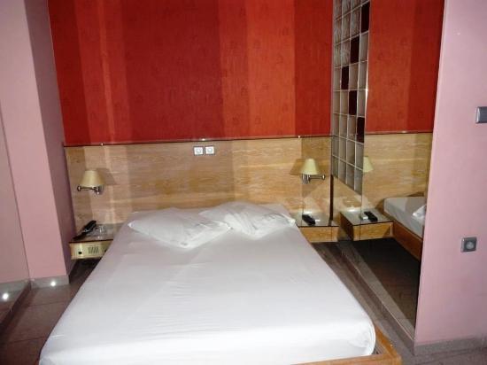 Niki Hotel Photo