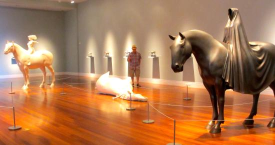 Ogden Museum of Southern Art: horses