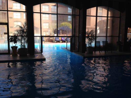 Indoor-outdoor pool - Picture of Providence Marriott Downtown ...