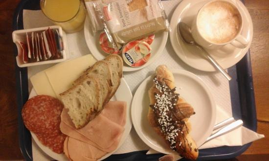 Hotel Alle Tamerici: Breakfast en-suite