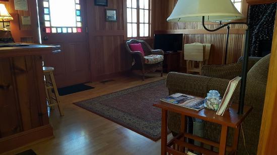 ลิงคอล์นซิตี, ออริกอน: Room 12 ~ Ocean's 12