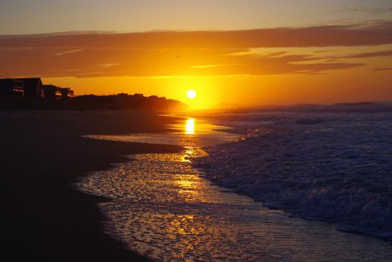 Ocean Surf Resort: Sunrise