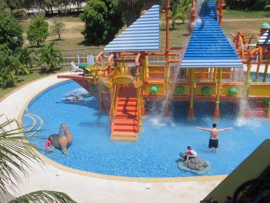 Piscina para ni os fotograf a de iberostar varadero varadero tripadvisor - Hotel piscina toboganes para ninos ...