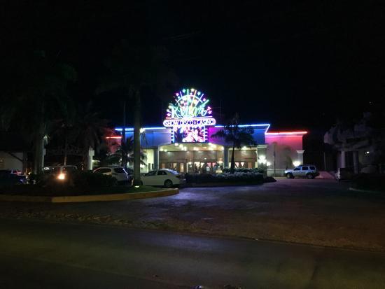 Dream Casinos Dominicus: Ingresso del Casinò