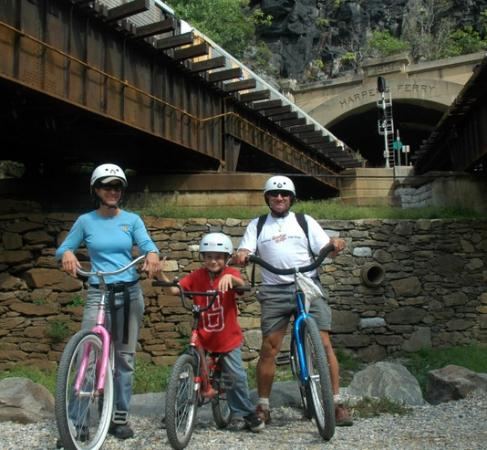 Brunswick, MD: Bike Rentals at the Campground ride to Harpers Ferry
